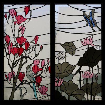 和風ステンドグラス「蓮とアゲハチョウ」「モクレンとオナガ」