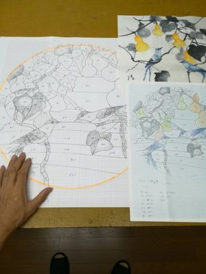 ステンドグラス「比翼の鳥」の型紙と原画(墨画)
