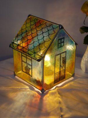 ステンドグラス家形ランプ「猫の家」