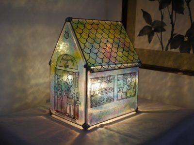 家型ランプ「猫のパン屋」
