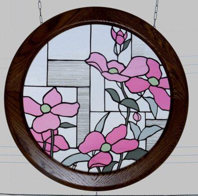 円形ステンドグラス「ハナミズキ」