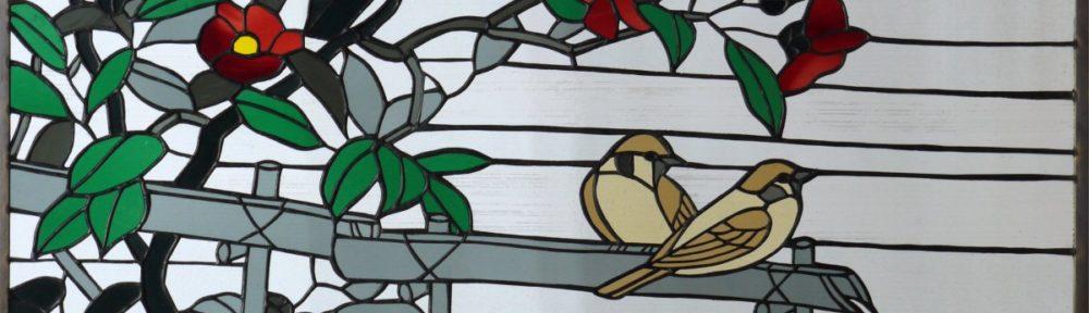 椿に雀のステンドグラス