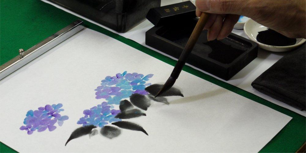 彩墨画の制作風景